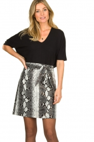Aaiko |   Faux leather snake print skirt Patia | animal print  | Picture 4