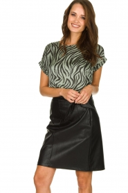 Aaiko |  Faux leather skirt with belt Patia | black  | Picture 2