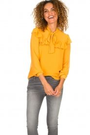 Fracomina |  Blouse with ruffles Winnie | yellow  | Picture 2