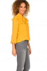 Fracomina |  Blouse with ruffles Winnie | yellow  | Picture 5