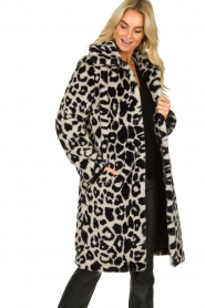 OAKWOOD |  Coat with animal print Wolf  | black & white  | Picture 2