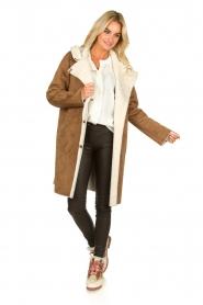 OAKWOOD |  Coat with lammy lining Leonie | camel  | Picture 3