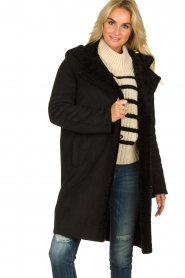 OAKWOOD |  Coat with lammy lining Leonie | black  | Picture 3