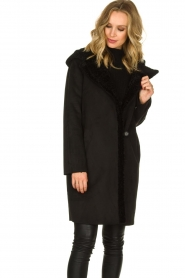 OAKWOOD |  Coat with lammy lining Leonie | black  | Picture 4