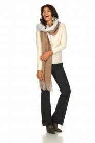Moment by Moment |  Two-coloured scarf Cooper | camel  | Picture 6