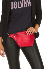 Depeche |  Leather fanny pack Finou | red  | Picture 2