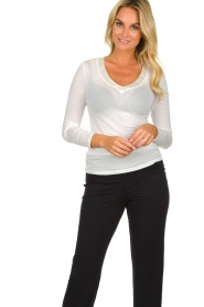 Hanro |  Modal longsleeve top Annik | white  | Picture 2
