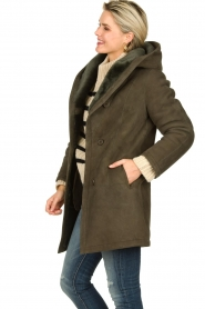 STUDIO AR BY ARMA |  Leather lammy coat Babina | dark green  | Picture 4