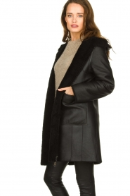 STUDIO AR BY ARMA |  Reversible lammy coat Wasson | black  | Picture 4