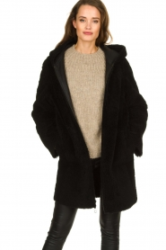 STUDIO AR BY ARMA |  Reversible lammy coat Wasson | black  | Picture 6