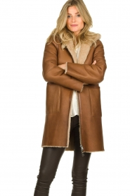 STUDIO AR BY ARMA |  Reversible lammy coat Wasson | brown  | Picture 2