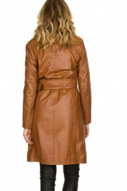 STUDIO AR BY ARMA |  Leather trench coat | camel  | Picture 6