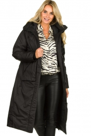Krakatau |  Long padded coat Amery | black  | Picture 4