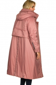 Krakatau |  Long padded coat Amery | pink  | Picture 7