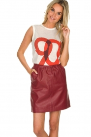 Est-Seven | Leather skirt Mylenna | burgundy  | Picture 2