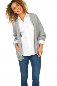 Knit-ted |  Knitted cardigan Bernelle | grey  | Picture 2
