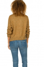 Knit-ted |  Sweater with lurex Banka | gold  | Picture 5