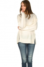 Knit-ted |  Sweater with subtle lurex details Sparkle | white  | Picture 4
