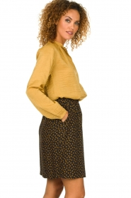 Knit-ted |  Sheen blouse Lana | gold  | Picture 4