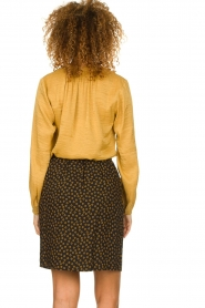 Knit-ted |  Sheen blouse Lana | gold  | Picture 5
