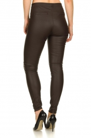 Knit-ted | Faux leather leggins Amber | brown  | Picture 5