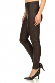 Knit-ted | Faux leather leggins Amber | brown  | Picture 4