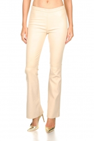 Est-Seven |  Flared leather stretch pants Meredith | nude   | Picture 3