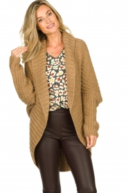 Rabens Saloner : Knitted cardigan Becky | camel - img2