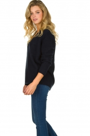 Les Favorites |  Knitted V-neck sweater Fenne | blue  | Picture 5