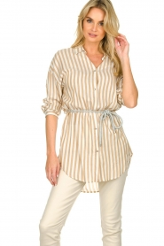Kocca |  Striped blouse Paige | brown  | Picture 2