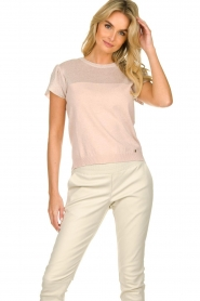 Kocca |  Fine knitted top with sparkles Fedro | light pink  | Picture 2