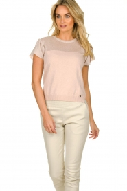 Kocca |  Fine knitted top with sparkles Fedro | light pink  | Picture 4