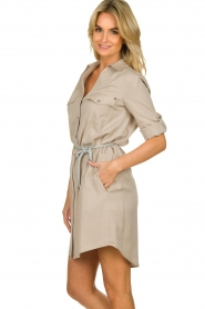 Kocca |  Blouse dress with belt | grey   | Picture 6