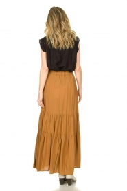 Kocca |  Maxi skirt with pleats Paquita | brown  | Picture 4