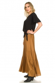 Kocca |  Maxi skirt with pleats Paquita | brown  | Picture 3