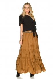 Kocca |  Maxi skirt with pleats Paquita | brown  | Picture 2