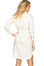 Kocca |  Buttoned dress Beryl | white  | Picture 5