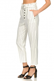 Kocca |  Striped paperbag pants Eulalia | white  | Picture 4