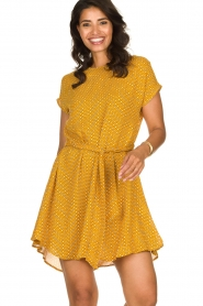 American Vintage | Dress with print Azulay | yellow  | Picture 2