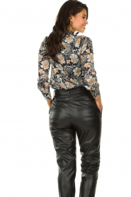 Aaiko |  Blouse with flower print Fayah | black  | Picture 4