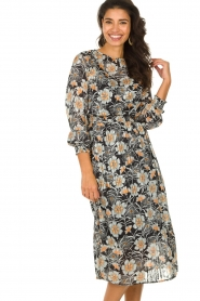Aaiko |  Midi dress with flower print Pamila | black  | Picture 2