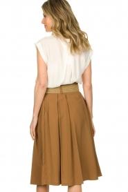 Silvian Heach |  Pleated skirt Ilbark | brown  | Picture 5