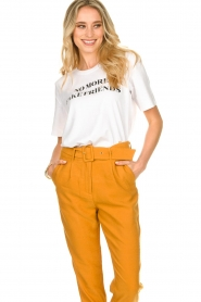 Silvian Heach |  T-shirt with text print Gabu | white  | Picture 4