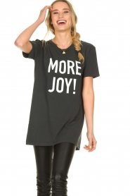 Silvian Heach |  Oversized T-shirt with text print Mapputo | grey  | Picture 2