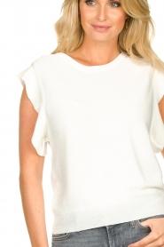 Silvian Heach    Top with ruffles Kenema   white    Picture 8