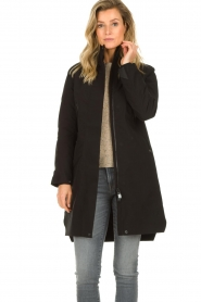 Krakatau |  Lined parka Urban chic | black  | Picture 4