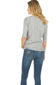 Les Favorites |  T-shirt with pleads Nathalie | grey   | Picture 6