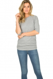 Les Favorites |  T-shirt with pleads Nathalie | grey   | Picture 4