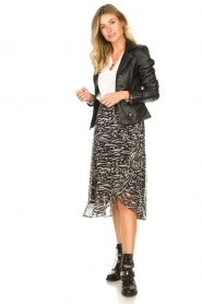 Freebird |  Animal printed wrap skirt Alina | black  | Picture 4