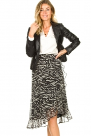 Freebird |  Animal printed wrap skirt Alina | black  | Picture 2